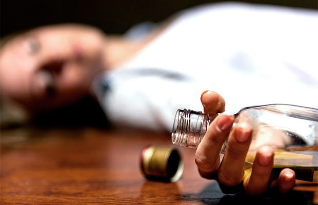 Чем помочь алкоголику